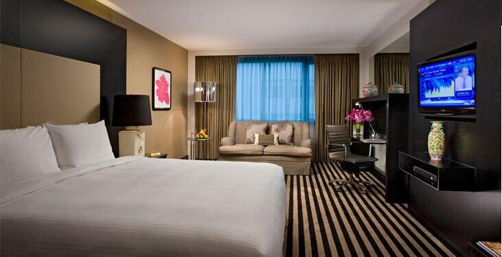 新加坡凯煌酒店客房服务员